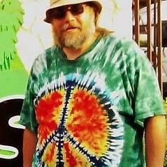 charleypeacetshirt